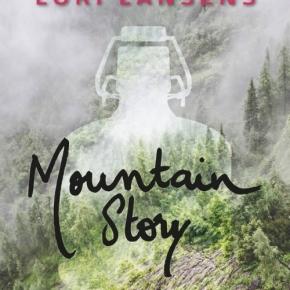 Mountain Story de LoriLansens