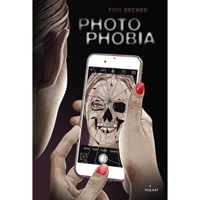 Photophobia de TomBecker